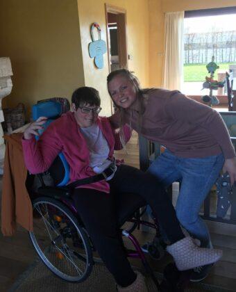 Evelien met zus