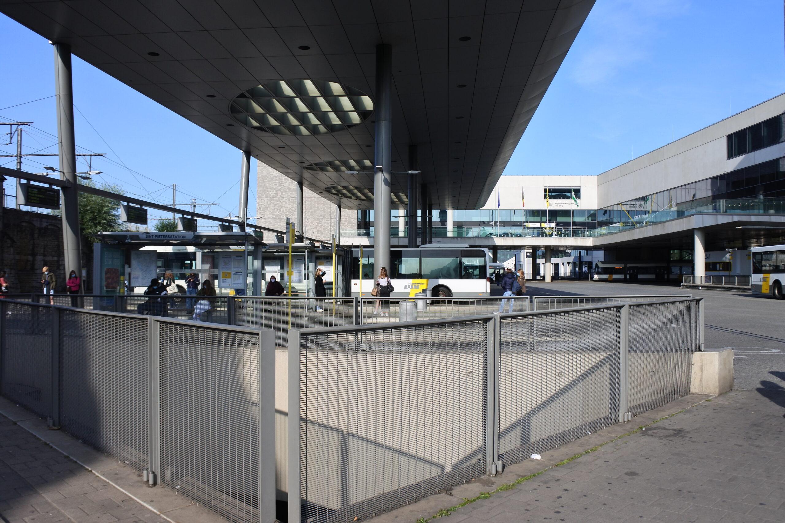 Foto 1 station Gent Sint-Pieters